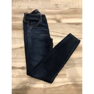 American Eagle size 4 super stretch jeans